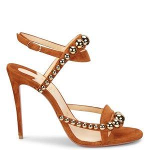 87093e8c09f1 Christian Louboutin Shoes - NIB CHRISTIAN LOUBOUTIN Galleria Sandal  36.5